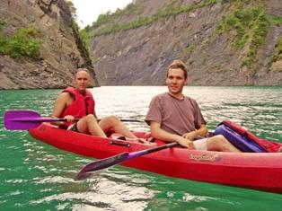 Randonnée en canoë sur le lac de Monteynard